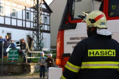 Einsatzuebung 15-04-2011 Bild 29